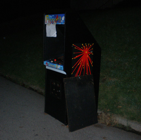 Pepper 2 arcade game on the curb in Lafayette