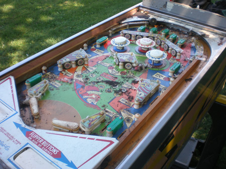 Flying Carpet Pinball Playfield - Mice Infested