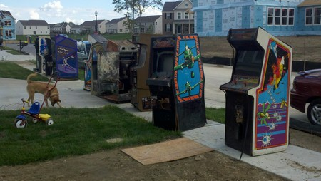 Arcade game sidewalk sale in Indianapolis